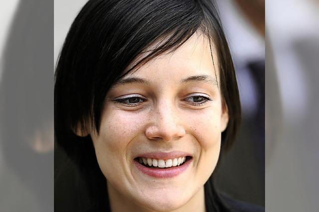 Clotilde Reiss verlässt den Iran und landet in Paris