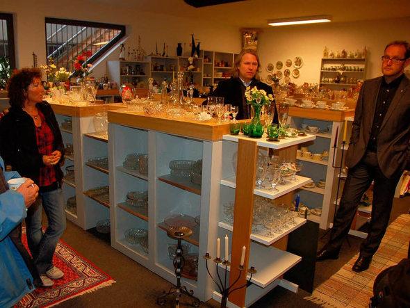 waldkirch waldkircher besch ftigungsgesellschaft markenm bel im second hand laden badische. Black Bedroom Furniture Sets. Home Design Ideas