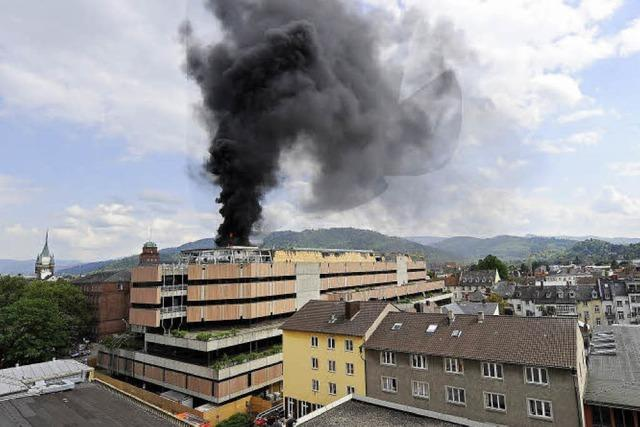 Brand auf Baustelle der Unibibliothek