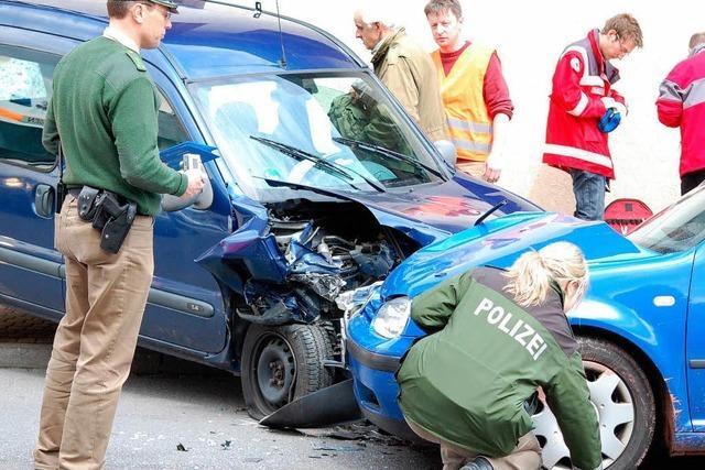 Drei Verletzte Autoinsassen
