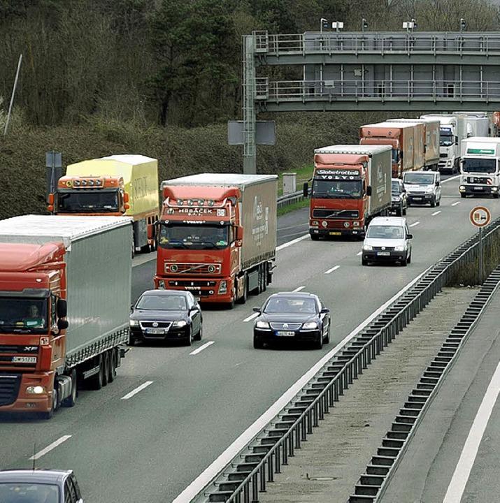 An der A5 lauert manche Gefahr.   | Foto: herbert frey