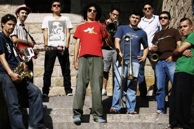 FREITAG: LATIN MUSIC: Viva la musica