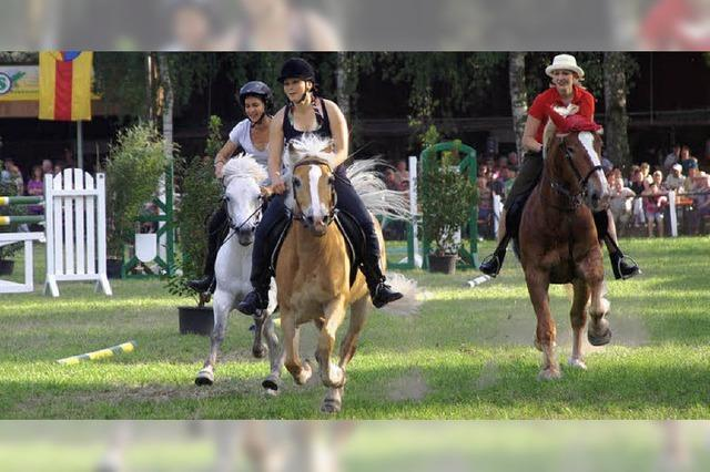 Weisweils Reiter freuen sich über Rekordkulisse