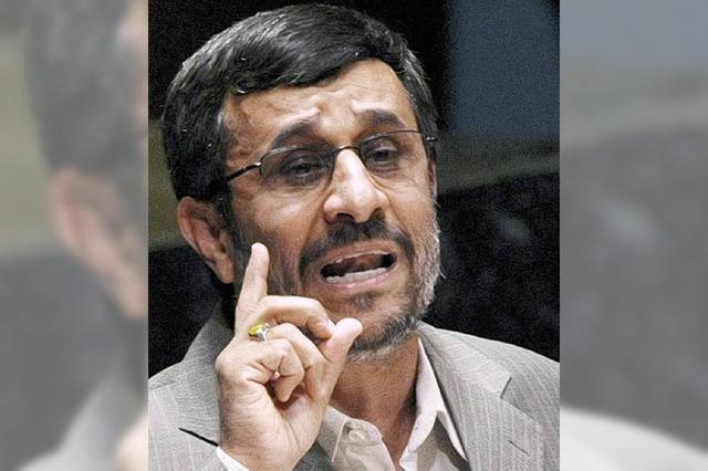 Ahmadinedschad droht Weltmächten