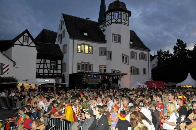 Public Viewing auf dem Emmendinger Schlossplatz