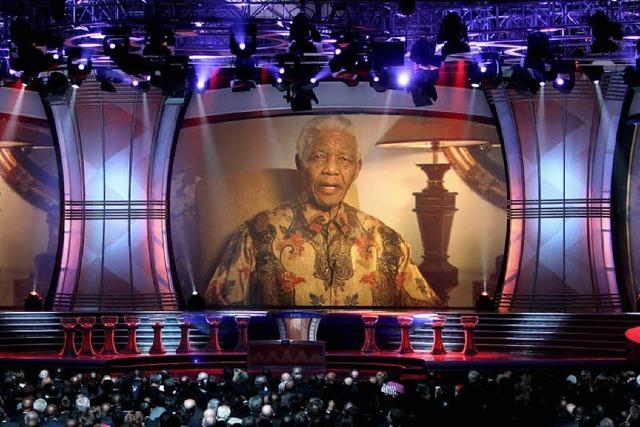 Mandela, Musical und Maskeraden
