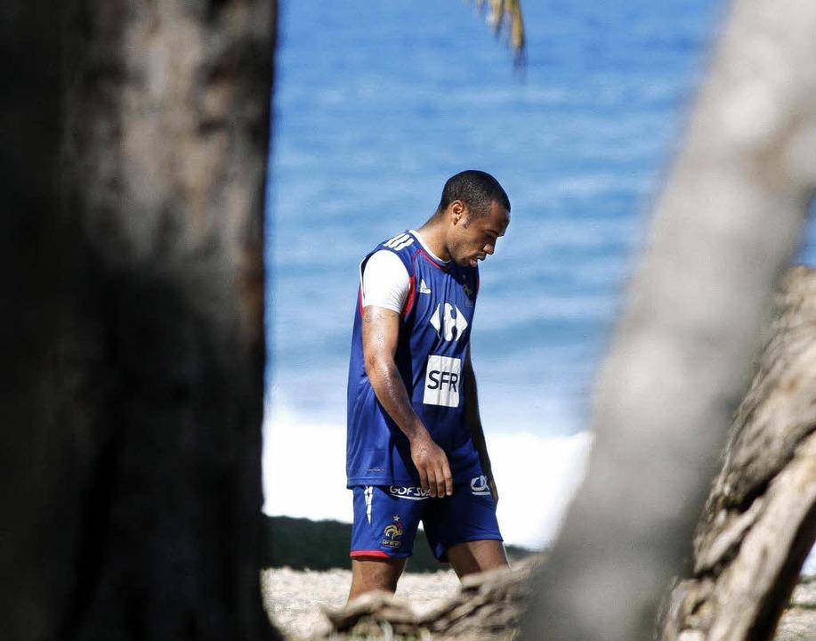 Ein Idol afrikanischer Nachwuchsfußbal...kreichs Nationalspieler Thierry Henry   | Foto: AFP