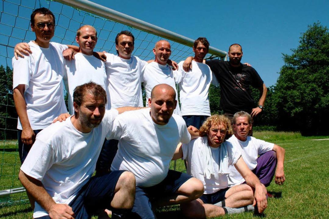 "Die Obdachlosen-Mannschaft ""Kelle...kulturellen Fußballturnier Emmendingen  | Foto: Andreas Schmieg"