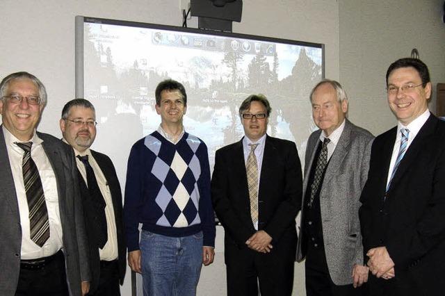 Philologenverband spendiert Smartboard