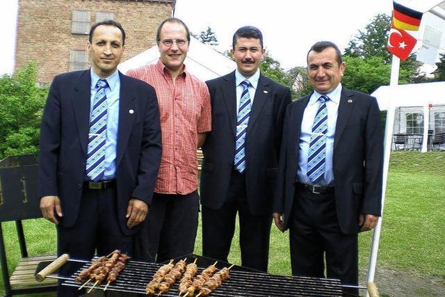 Türkisch-islamischer Verein: Aufklärung geht durch den Magen