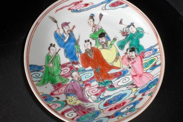 Freiburger Konfuzius-Institut freut sich über chinesisches Porzellan