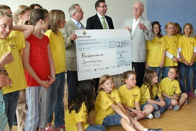 2500 Euro für schulische Projekte