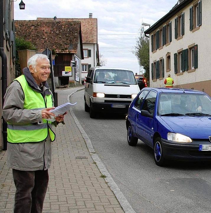 Immer wieder macht die IG Ortsumfahrun...Aktionen auf ihr Anliegen aufmerksam.   | Foto: Frey