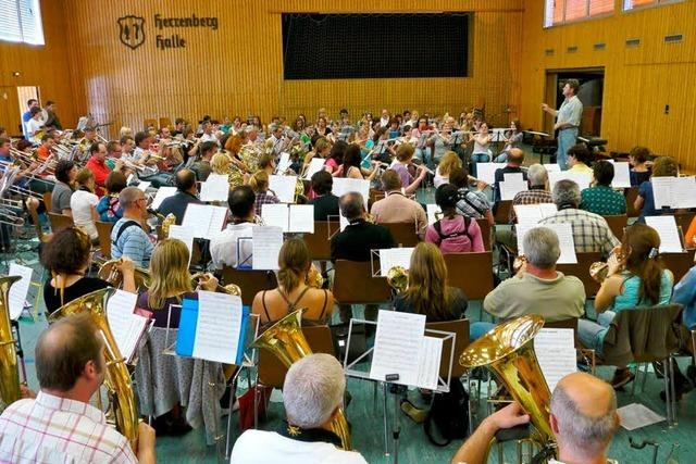 In Kenzingen gibt's Blasmusik im XXL-Format