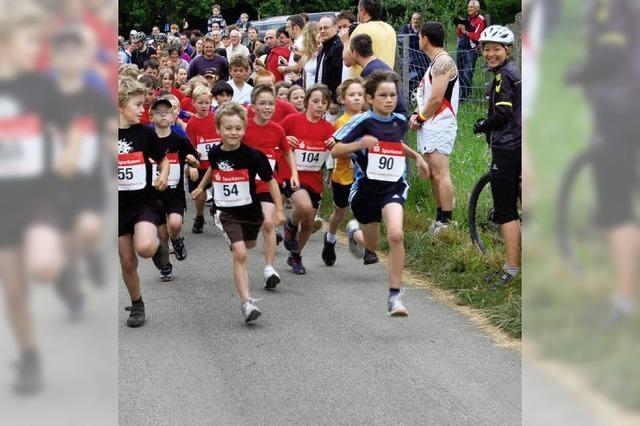 Viele Läufer und Walker stürmten auf den Roßkopf