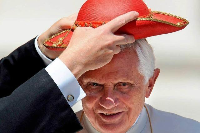 Fotos: Gut behütet – der Papst und seine Kopfbedeckungen