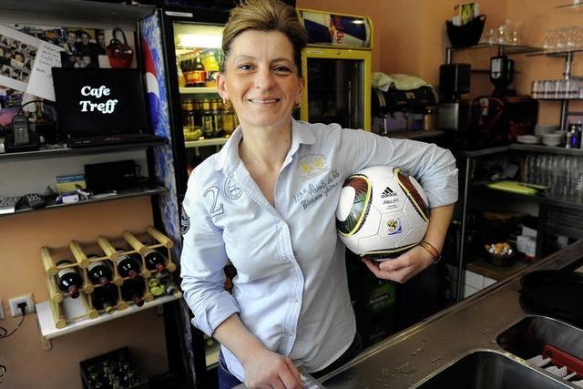 VUVUZELA: Bilaterales Ballballett