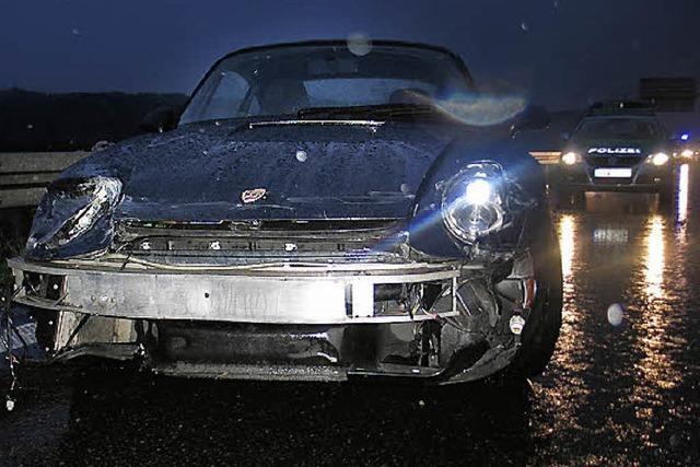 Porsche stark demoliert