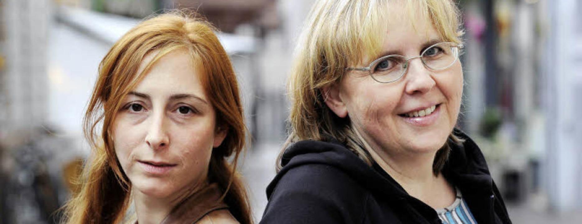 Aufklären für Palästina: Annie Sauerland (links), Gabi Weber  | Foto: Schneider