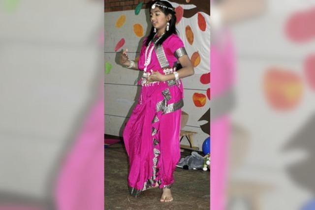 Indische Gäste bereichern Schulfest
