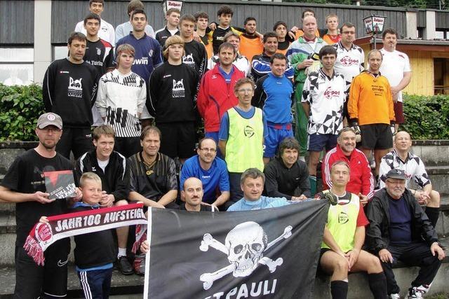 Von FC zu FC: Steinen grüßt St. Pauli