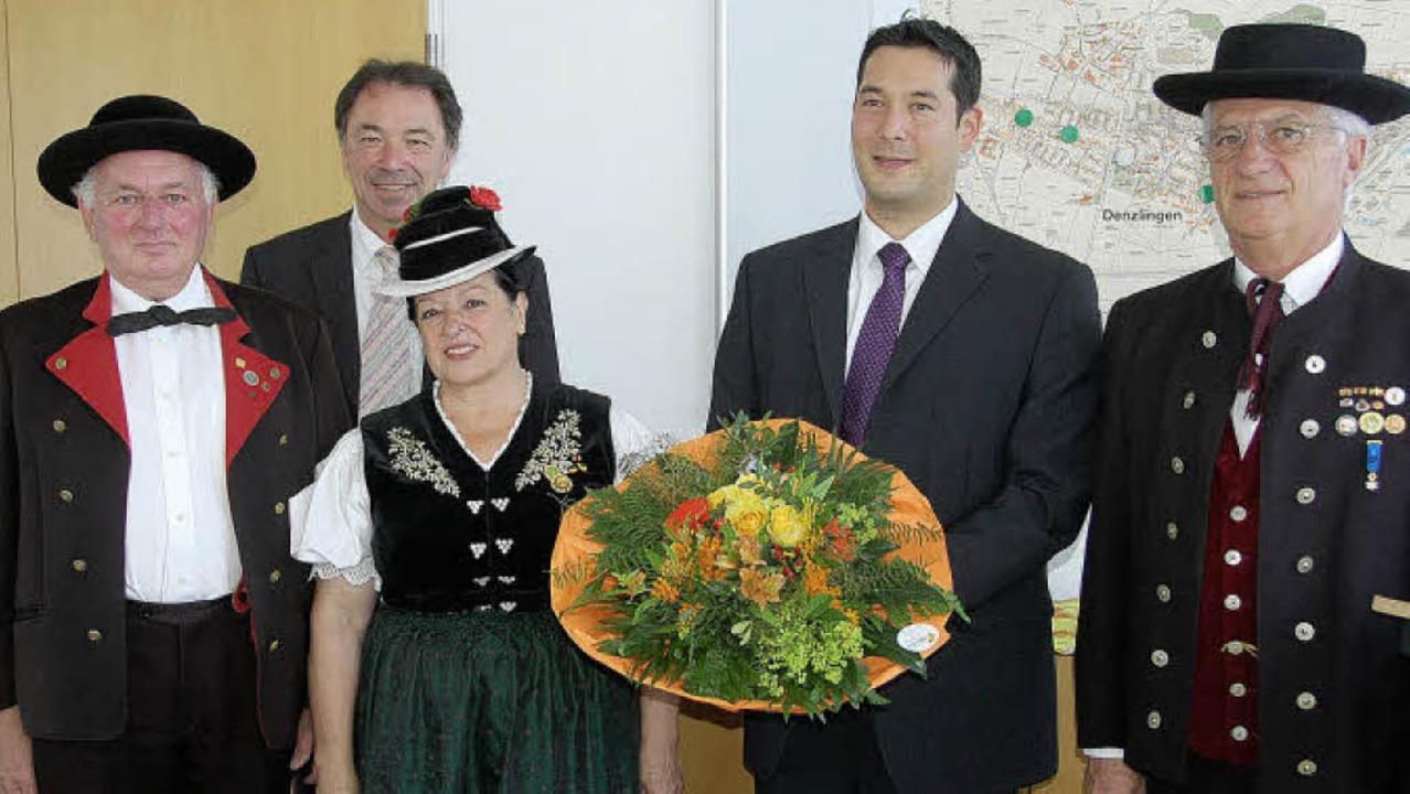 Gemeinsam mit ihrem Mann Ottokar (von ...ert (2. von links), eingeladen waren.   | Foto: Frank Kiefer