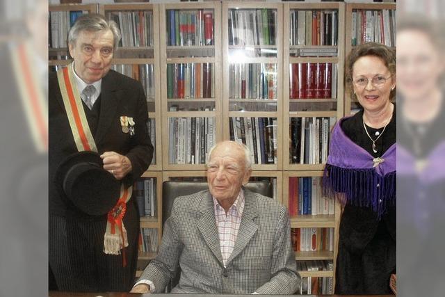 Abi-Foto vom Altpräsidenten
