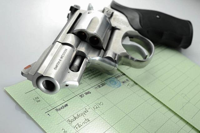 Kosten für Waffenkontrollen: Jäger wollen klagen