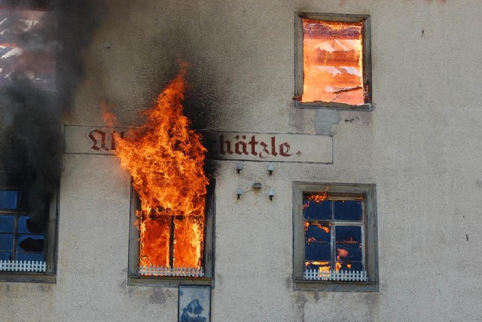 """Nicht mehr zu retten: Der """"Hirschen"""" in Bubenbach. (Foto: Martin Ganz)"""