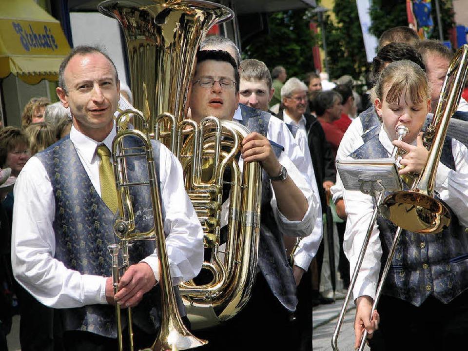 Jede Menge Musik...  | Foto: Archivfotos: Siebold, Schütz, Willers