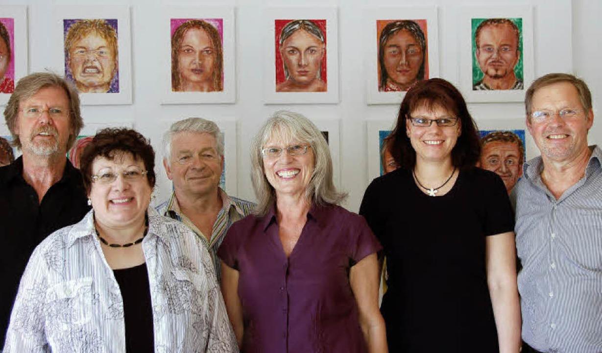 Die ausstellenden Künstler des Sexauer...ussteller Manfred Trommer (von links).  | Foto: pia Grättinger