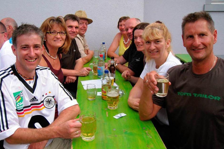 Mitglieder des Hartheimer Gemeinderates in Feierlaune (Foto: Otmar Faller)