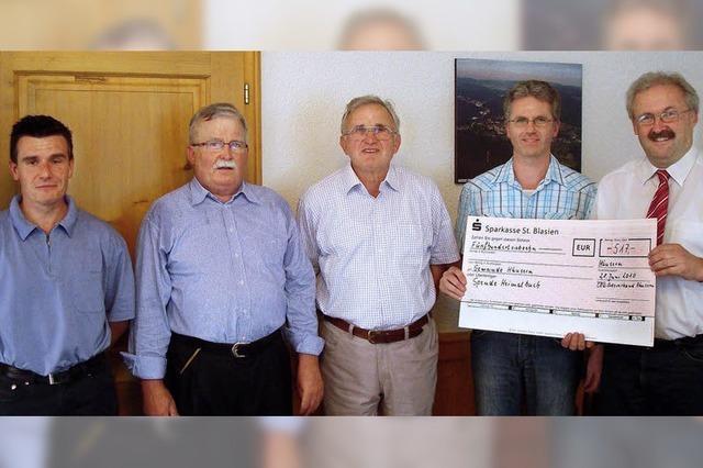 Häuserns CDU spendet fürs neue Heimatbuch