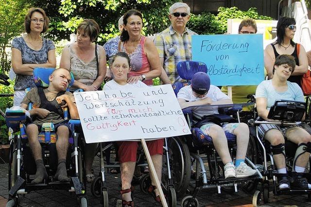 Eltern fordern Wohnheim für behinderte Kinder