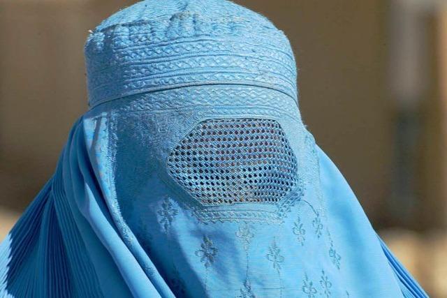 Burka tragen oder verbieten?