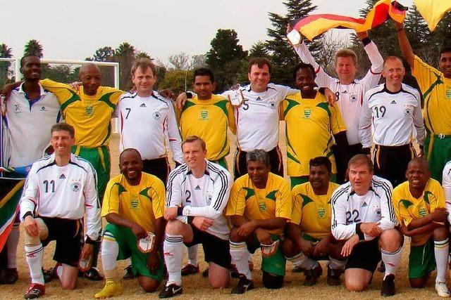 Bürgermeister-Nationalmannschaft kickt in Südafrika