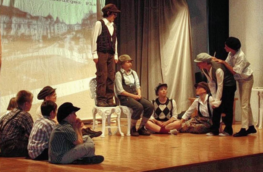 Schüler der Alemannen-Realschule spiel...r Michael-Friedrich-Wild-Grundschule.   | Foto: Privat