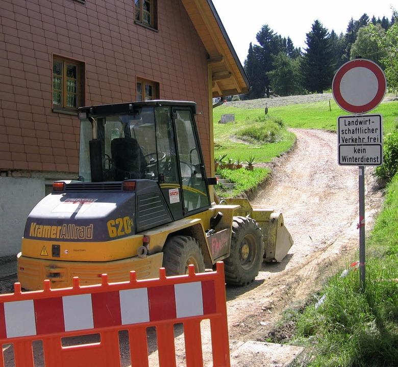 Die Arbeiten in Schwarzenbach liegen i...ie hier am Weg hinauf zur Sternwarte.     Foto: Stefan Sahli