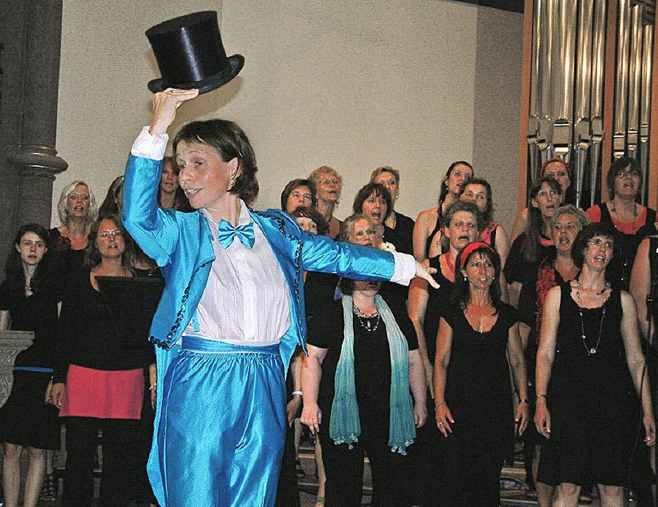Beim Sommerkonzert des Pop- und Gospel...einlage vor dem zahlreichen Publikum.   | Foto: Roswitha Frey
