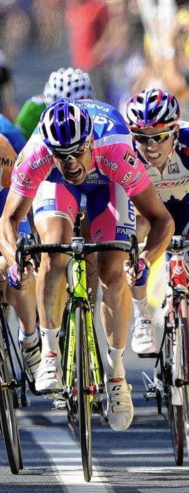 Alessandro Petacchi beim Zielsprint    Foto: AFP