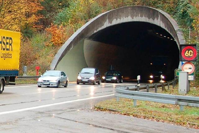 Hugenwaldtunnel zwei Nächte gesperrt