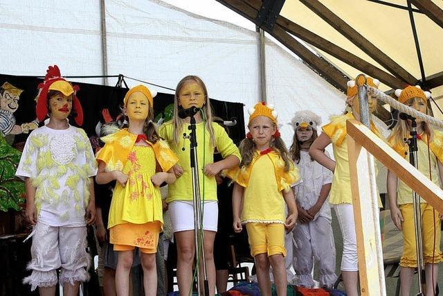 Lauschig-launiges Fest mit drei lauen Sommernächten