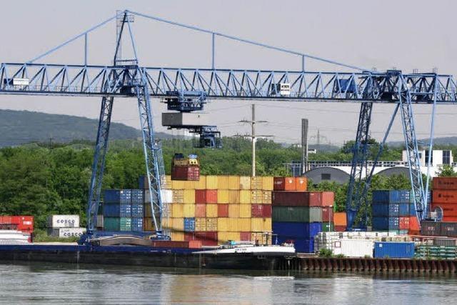 Starker Betrieb im Hafen