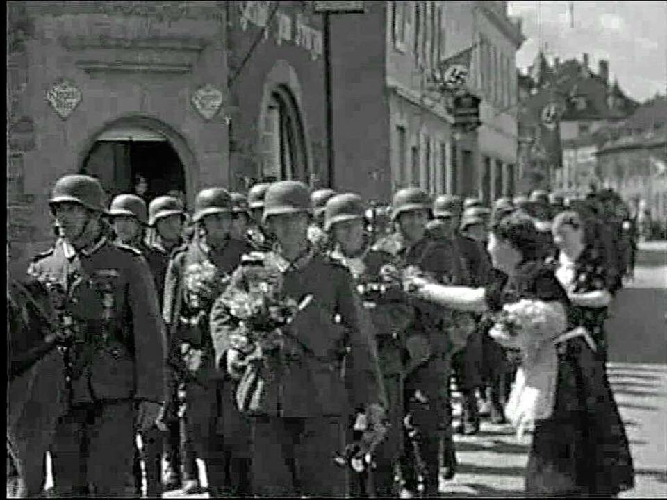 Szenen aus den alten Lahrer Filmen.  | Foto: Jörg Reitmayer