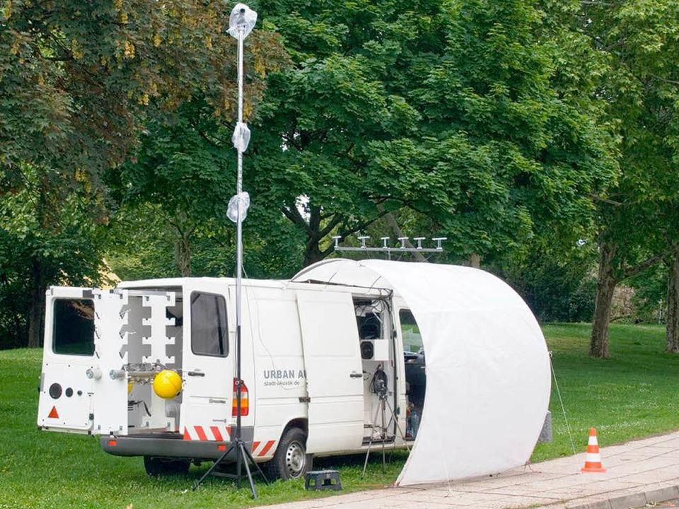 In diesem Transporter befindet sich das Aufnahmestudio.  | Foto: Privat