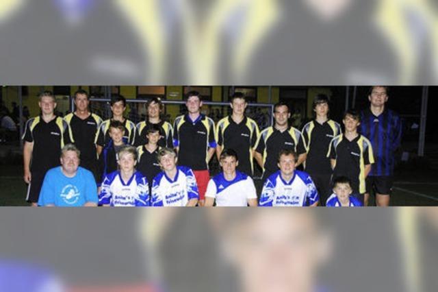 Tischtennisverein und Team Futterer holen die Pokale