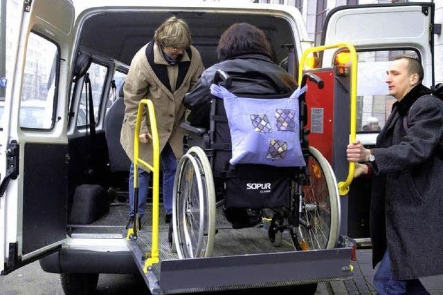 Eltern behinderter Kinder unglücklich über neue Busse