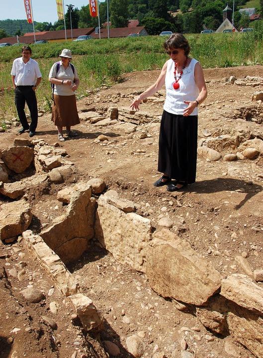 Gräber und Grabbeigaben erzählen inter...d alle in Ost-West-Richtung ausgelegt.  | Foto: Binner-Schwarz
