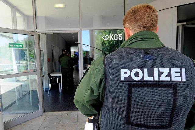 Protest gegen Bundeswehr – PH-Vorlesung mit Polizeischutz