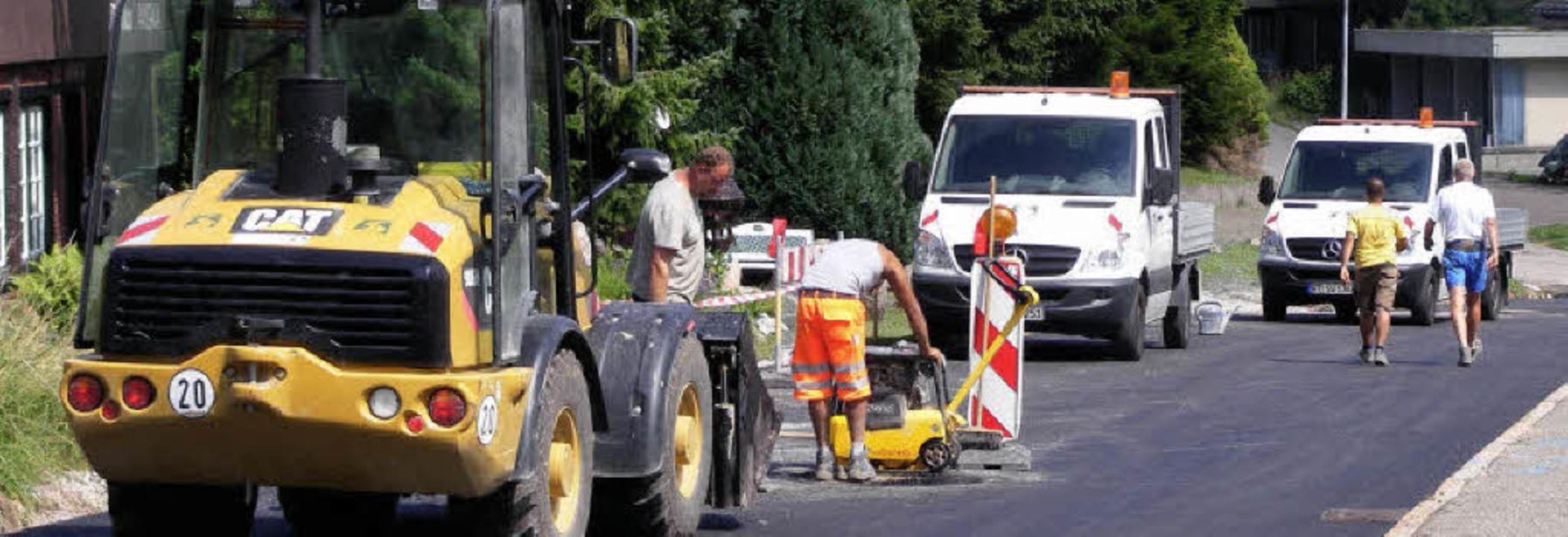 Zum Abschluss der Sägestraßensanierung...eine letzte Vollsperrung nötig macht.   | Foto: Wolfgang Adam